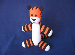 Stuffed-Hobbes-with-pattern