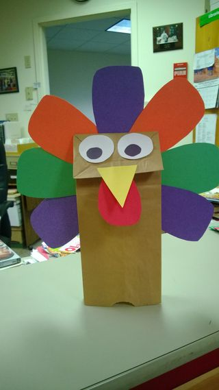 Craft table turkey puppet
